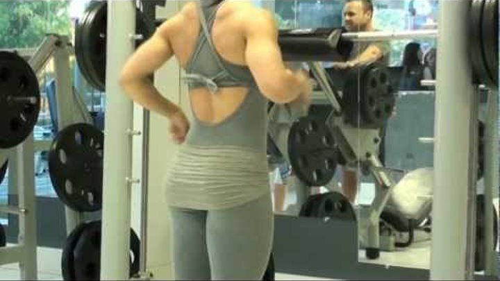 Eva Andressa - The Best Exercise for lower body (Smith Machine) part 1
