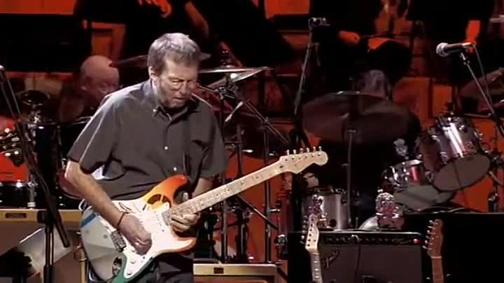 Eric Clapton - While my guitar gently weeps (Concert for George)