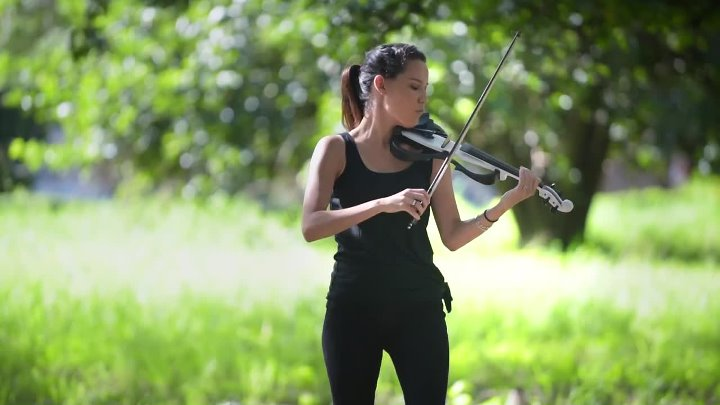Shape of You (Ed Sheeran) - Electric Violin Cover ¦ Caitlin De Ville