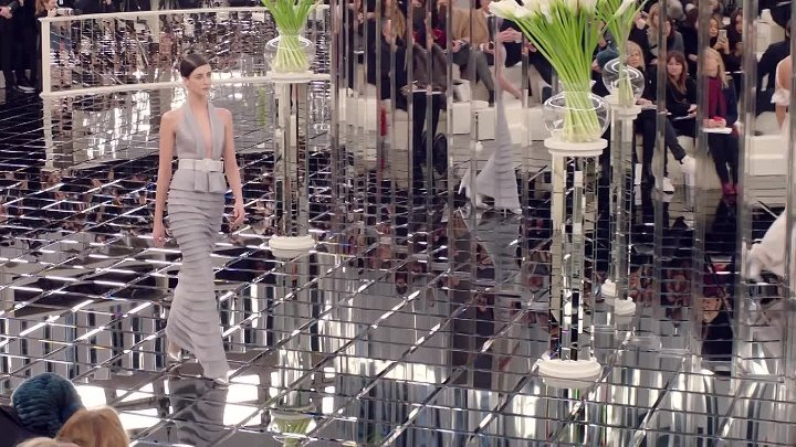 CHANEL Spring-Summer 2017 Haute Couture Show