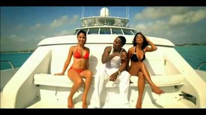 (Official Video) Soulja Boy ft Chingy - Turn It Up