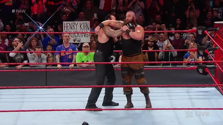 Roman Reigns vs. Braun Strowman_ Raw, March 20, 2017