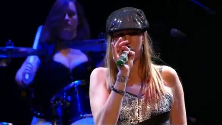 """SHOOT TO THRILL - The All Girl AC/DC Tribute Perform """"T.N.T"""" - Live"""