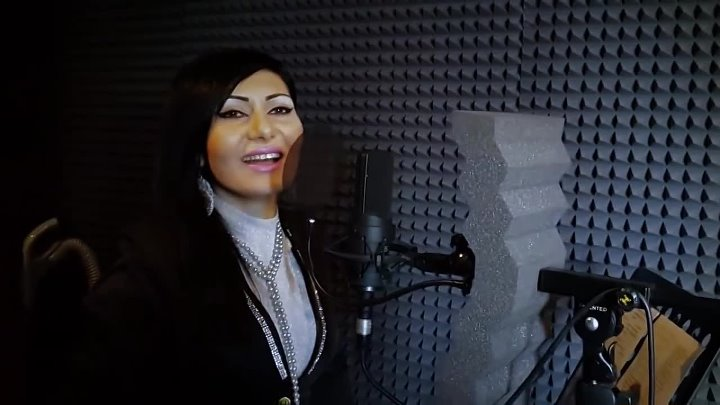 Simona Simonova-Vonc em kez sirum-Toto Music Production