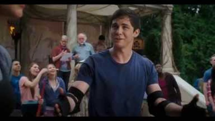 "Percy Jackson: Sea of Monsters TV Spot ""Cast"""