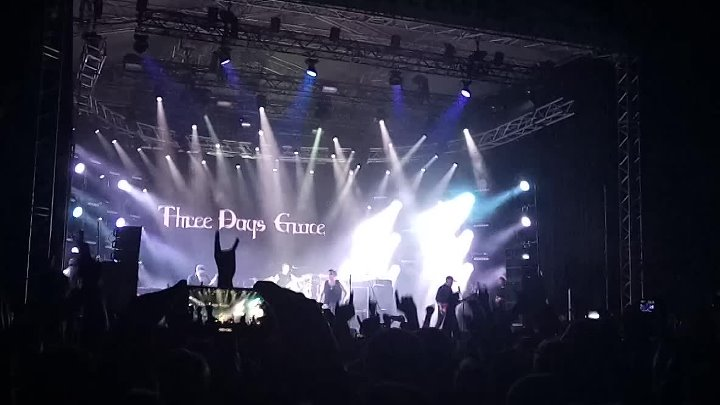 Three Days Grace - Break (Live Atlas Weekend 2017)