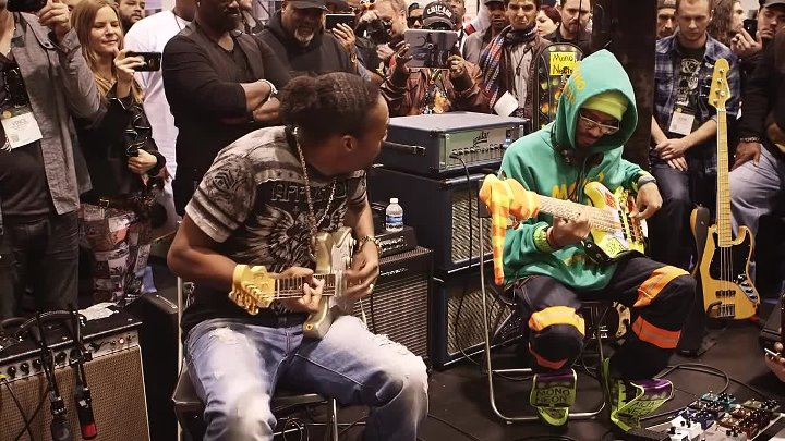 NAMM 2016 - Eric Gales & Mono Neon Live At The Dunlop Booth
