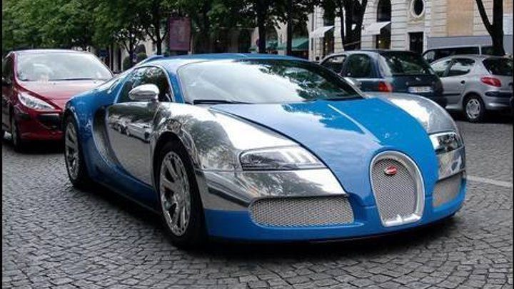 Bugatti Veyron Centenaire Edition - driving in Paris