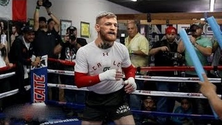 Conor McGregor boxing training for Mayweather