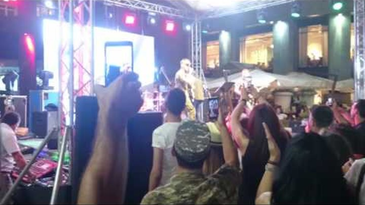 NEWS.am STYLE - Armenian soldier singing Rap and Fairy wind concert in Northern ave