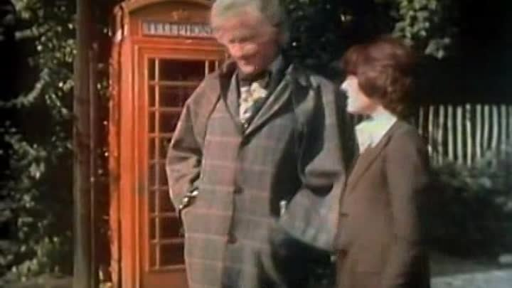 [WwW.Skstream.ws]-360 Doctor Who Classic - S11E02 - Partie 01 - Invasion of The Dinosaurs