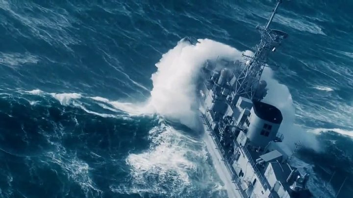Ships in storm - incredible footage [HD] - YouTube