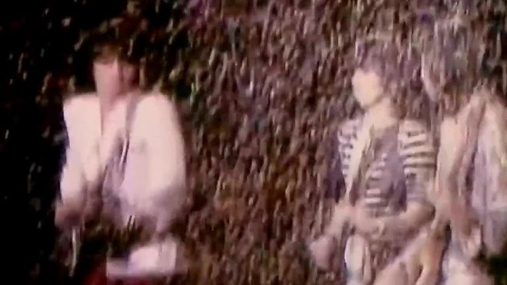 Keith Richards, Ron Wood, Rod Stewart & The Faces - Twistin' The Night Away (Live 1974)