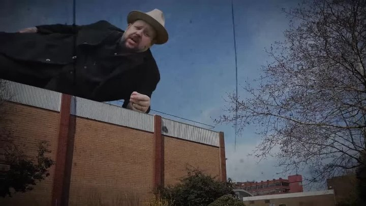 Big Boy Bloater & the LiMiTs - Friday Night's Alright For Drinking (Official Mus