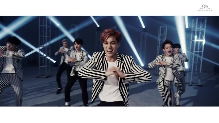 Exo - Love Me Right (Music Video)