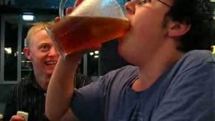 How to drink 2 liter beer in less than 5 seconds!
