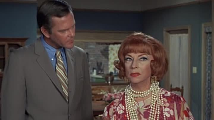 Bewitched s07e08, Samantha's Old Salem Trip, Elizabeth Montgomery, Dick Sargent, Agnes Moorehead , Alice Ghostley, Maudie Prickett, John Mitchum, Erin Murphy, Cinematography by Robert Tobey, Episode aired 12 November 1970