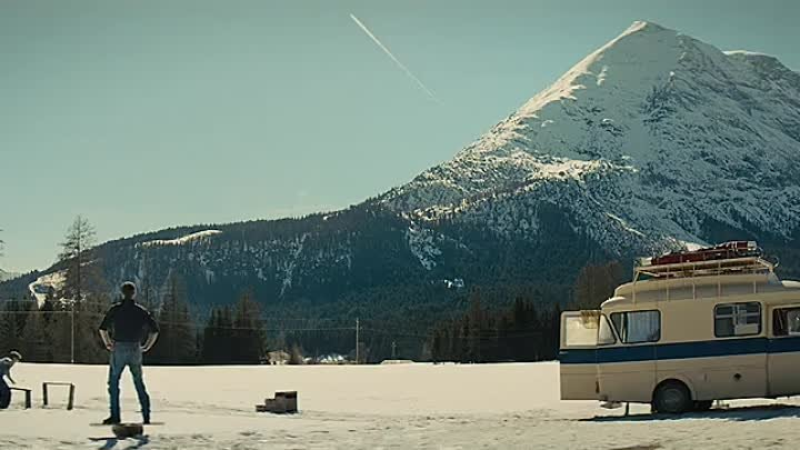 Eddie The Eagle (2016)[Hindi][YtsMovies.in]