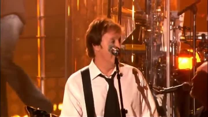 I Saw Her Standing There- Billy Joel and Paul McCartney ( Live at Shea Stadium)