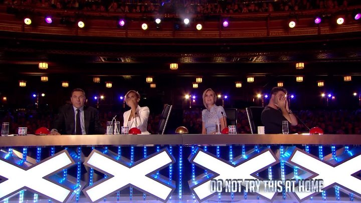 Alexandr Magala risks his life on the BGT stage Week 1 Auditions Britain's Got Talent 2016