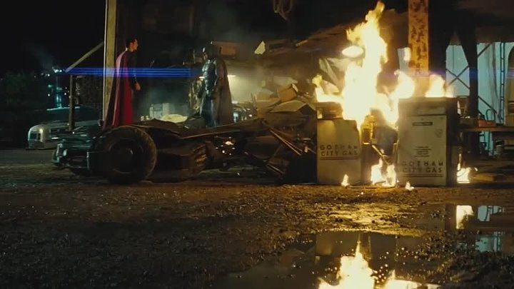 Batman v Superman_ Dawn of Justice - Comic-Con Trailer [HD]