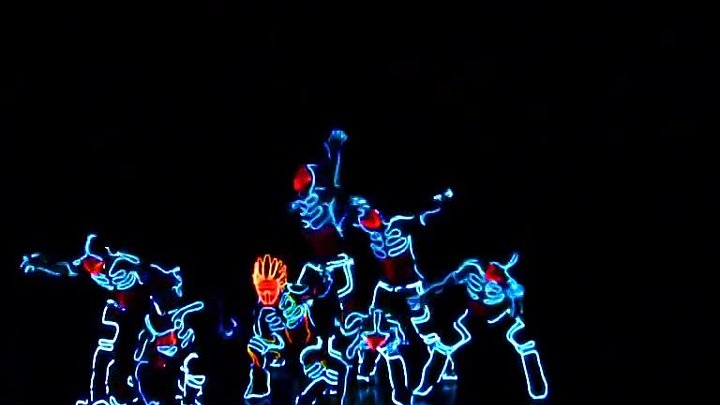 Amazing Tron Dance performed by Wrecking Orchestra [Better Quality]