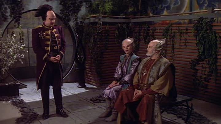 Babylon 5. Season 1 (1994) 19