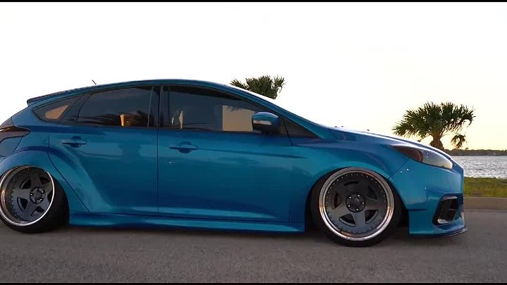 Richard's Bagged Ford Focus [ Paradise ]