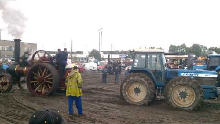 STEAM ENGINE VS COUNTY TRACTOR TUG OF WAR !
