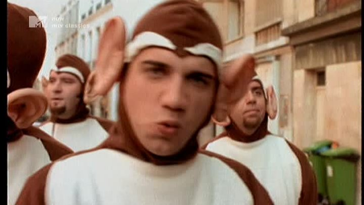 Bloodhound Gang - The Bad Touch @ 1999 MTV