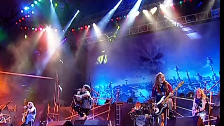 IRON MAIDEN — Brave New World — (Brave New World — 2000) — (LIVE — Rock In Rio — 2002) - BRAVEST FOX