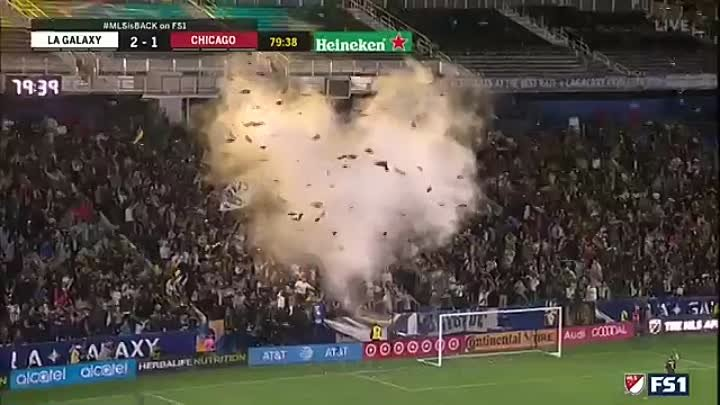 GOAL _ Zlatan Ibrahimovic heads in his first of the 2019 MLS season