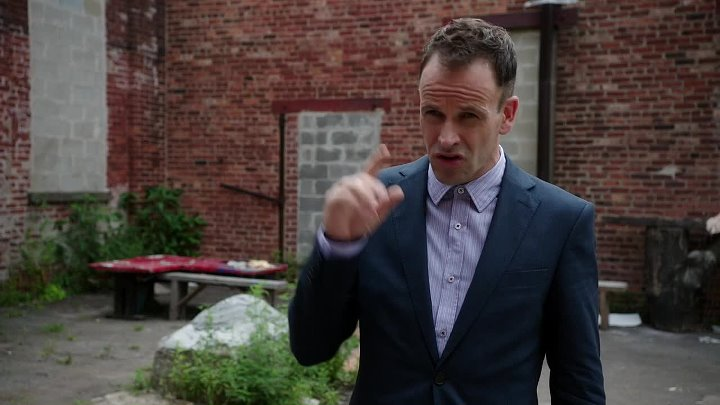 Elementary.S03E03.FRENCH.720p.WEB-DL.DD5.1.H264-AUTHORiTY