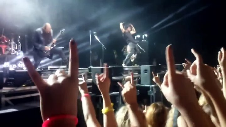 Three Days Grace - Break (live Minsk Belarus)