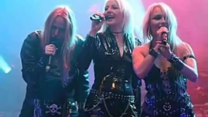 Doro Pesch feat. Tarja Turunen - Walking With The Angels (Fear No Evil, 2009)