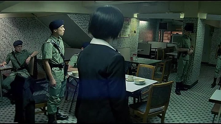 PTU (Police Tactical Unit) (Johnnie To, 2003) SPA