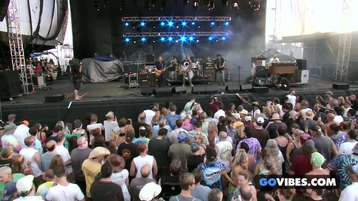 Gov't Mule performs Devil Likes It Slow at Gathering of the Vibes Music Festival 2013