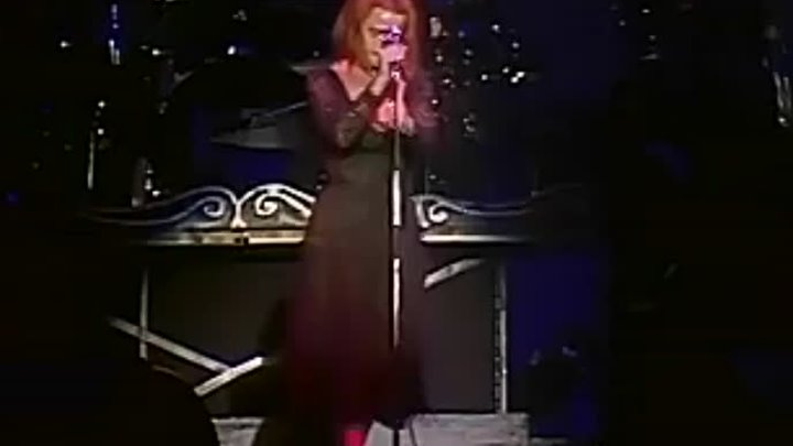 Belinda Carlisle - Circle in the Sand (Runaway Horses Tour '90)_x264