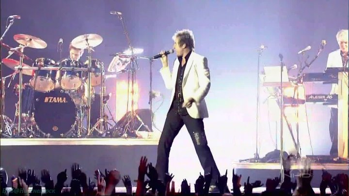 "DURAN DURAN - (Reach Up For The) Sunrise (Live at ""Wembley Arena"", London, UK, 13.04.2004)"