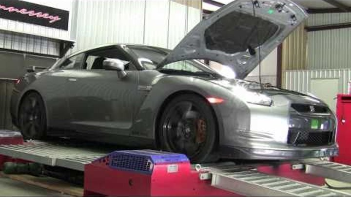 2011 Hennessey GTR800 Chassis Dyno Test