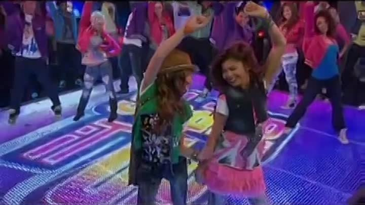 Disney Channel Russia promo - Shake It Up! (premiere)
