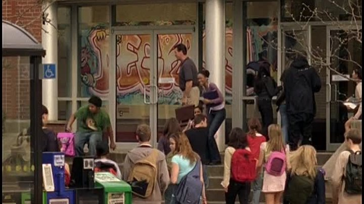 [WwW.VoirFilms.org]-Degrassi.The.Next.Generation.S06E13-Sn_parations-