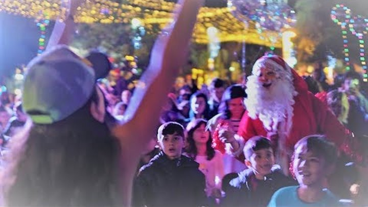 Christmas and New Year 2018 in Haifa - Dancing with Santa Claus