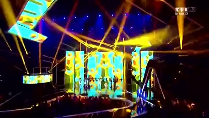 Stromae ft. Will.i.am - Papaoutai (NRJ Music Awards 2013)
