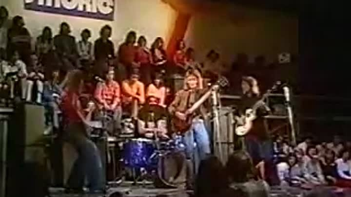 * Smokie - What Can I Do(Music video HQ)