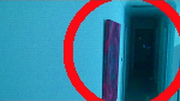 Real Ghost In Hallway! - Paranormal Activity HD - Ghost Thief Hoping to Steal Jewels