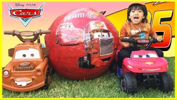 Disney Cars Toys GIANT EGG SURPRISE OPENING Lightning McQueen Tow Mater Power Wheels kids Video