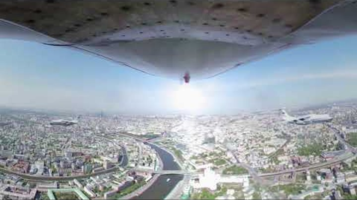 Soar through the Moscow sky with Il-76 pilots in 360°