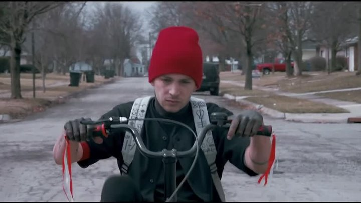 twenty one pilots׃ Stressed Out [OFFICIAL VIDEO]