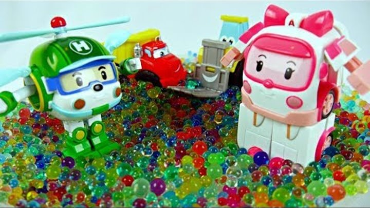 Cars for kids. Robocar Poli toys & the toy tractor.
